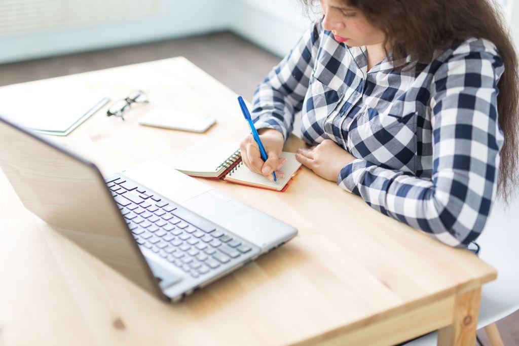 Wie ein Intranet das Lernen am Arbeitsplatz transformiert 6
