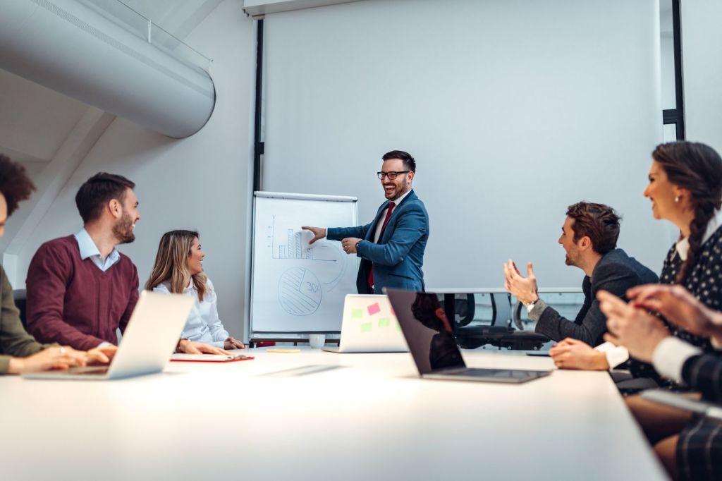 Ein 5-Schritte-Plan zur Erstellung Ihres eigenen szenariobasierten eLearning-Kurses 1