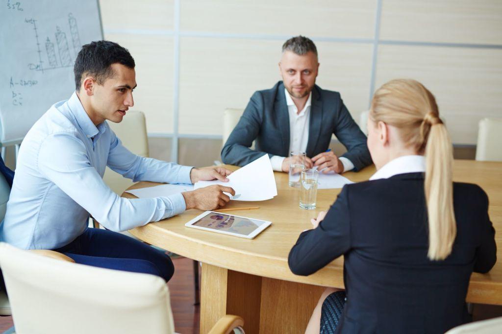Wie können Sie Ihr Fernmanagement-Team bei gleichzeitiger sozialer Distanzierung erfolgreich leiten? 10