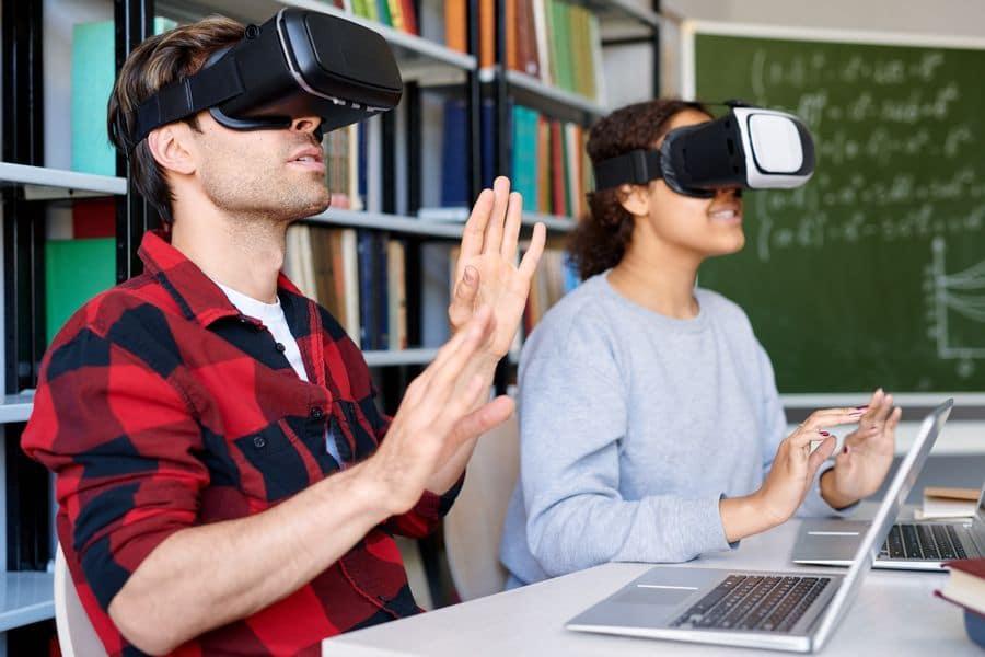 Unterrichten im virtuellen Klassenzimmer. Wege, wie Ausbilder online eine bemerkenswerte Erfahrung machen können 2